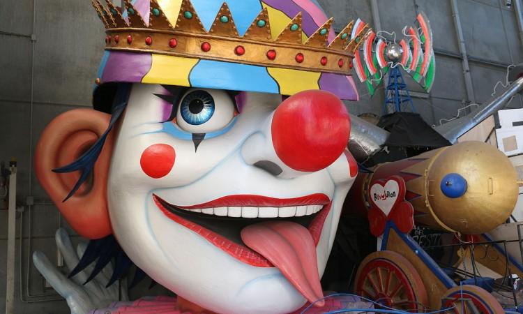 Carnevale_di_Viareggio_2015