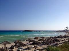 spiaggia nella regione di famagosta