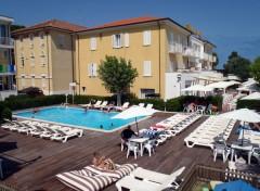 piscina hotel stella polare rimini