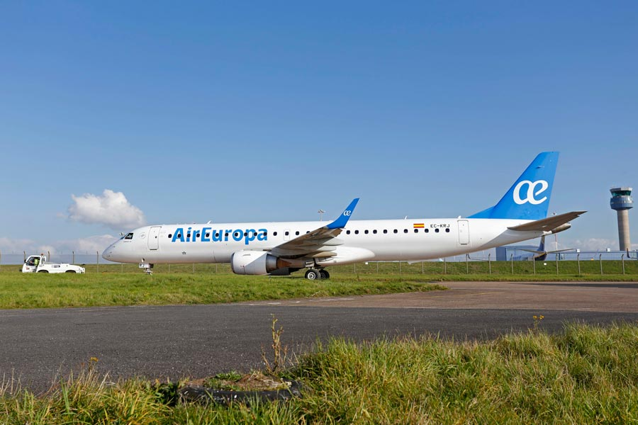 AirEuropa Embraer 6190