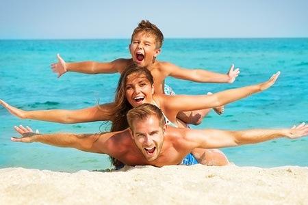 famiglia al mare 4