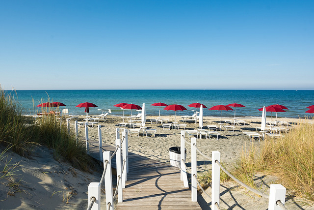 spiaggia acaya
