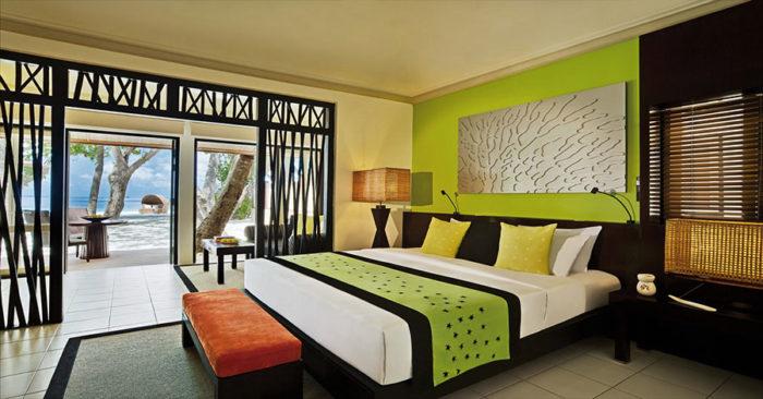 AN-maldives-ihuru-gallery-hotel-beachfront-villa-1280x670