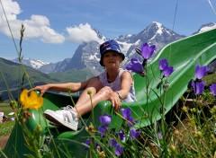 bimbi in vacanza sullo jungfrau in svizzera