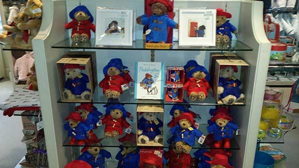 Paddington bear toy immagini paddington bear toy fotos stock alamy
