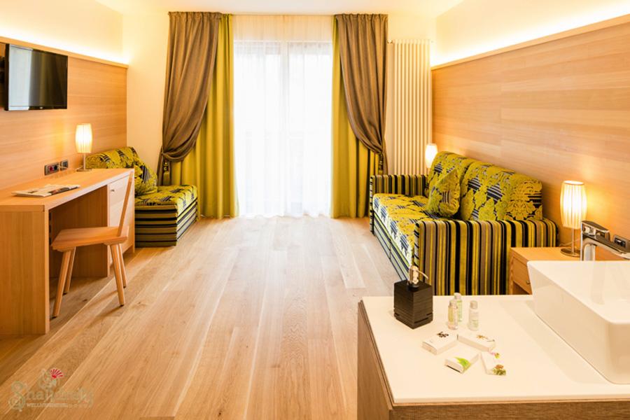 Family wellness hotel shandranj tesero trentino for Planimetrie per aggiunta suite in legge
