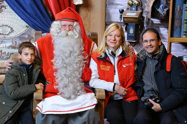 Lapponia Casa Di Babbo Natale Video.Il Villaggio Di Babbo Natale A Rovaniemi Lapponia Finlandese