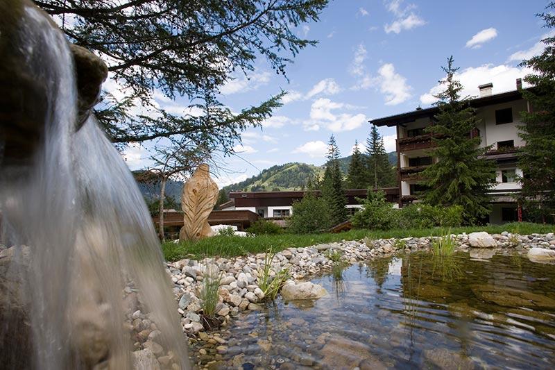 Sporthotel teresa family hotel e resort per bambini in val badia vicino a corvara - Residence val badia con piscina ...