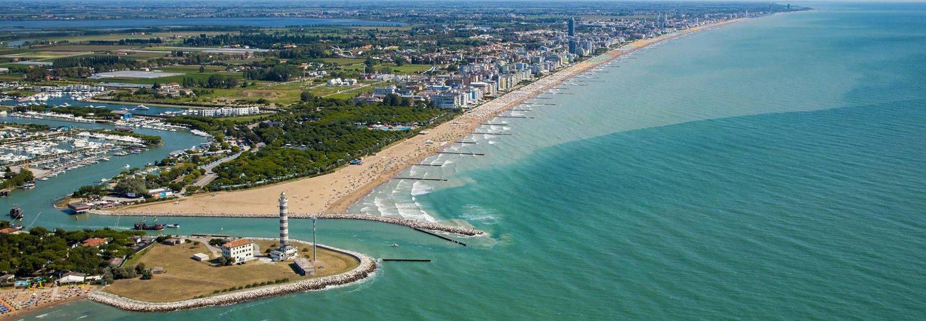 Risultati immagini per foto spiaggia jesolo lido dei lombardi