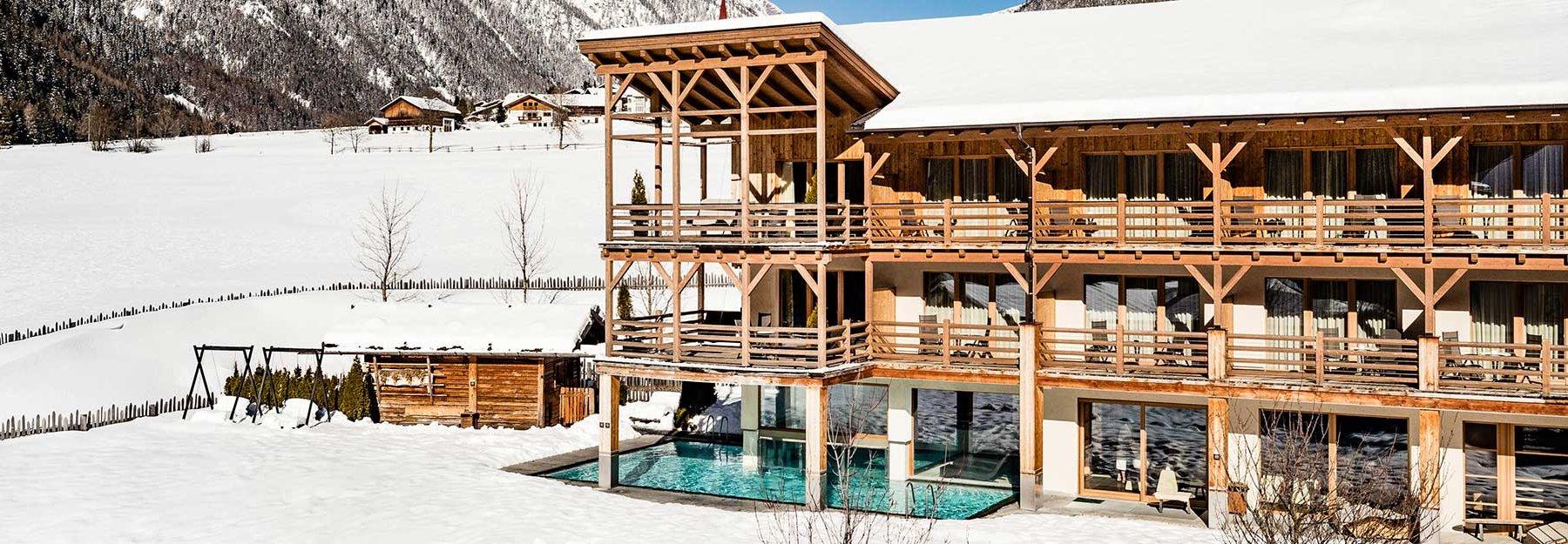 Alpin Hotel Masl Family Hotel A Valles In Val Pusteria Alto Adige Con Piscina E Attivita Per Bambini