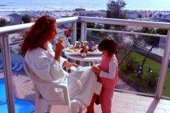 hotel con animazione per bambini a milano marittima