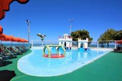 campeggi piscine per bambini