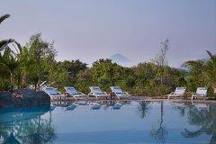hotel costa navarino kalamata grecia
