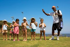 hotel con il golf per bambini sardegna