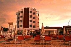 hotel con miniclub per bambini a marotta