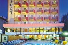 family hotels economici agosto a rimini