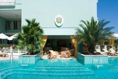 family hotels bibione