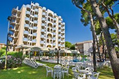 family hotels giulianova