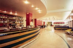 2-serena-majestic-lobby-bar