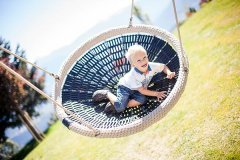hotels per famiglie con piscina per bambini in alto adige