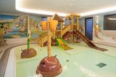 babyclub in hotel nelle dolomiti
