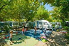 campeggi per famiglie con acqua park e spray park