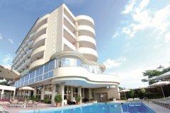 BEACH-Hotel-Piscina