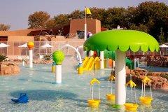 aquapark costa navarino resort grecia