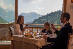 hotel con servizi per bambini madonna di campiglio