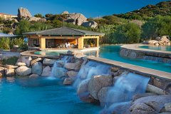luxury family hotels sardegna