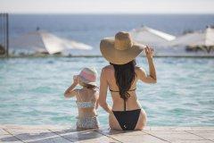 resort di lusso con miniclub per bambini in sardegna
