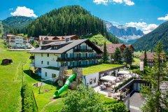 family hotel biancaneve selva val gardena