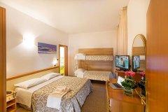 hotel con attività per bambini ad alba adriatica
