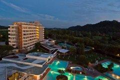 galzignano-terme-spa-golf-resort_17885151048_o