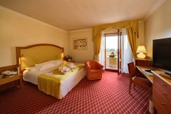 superior-radisson-blu-resort-terme-di-galzignano-hotel-sporting_9030362377_o