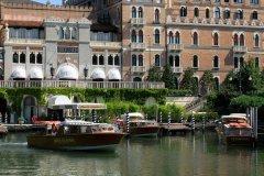 Grand Hotel Excelsior Arrival dock per bambini venezia