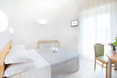 alberghi per famiglie alba adriatica