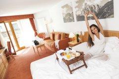alberghi con attività per famiglie a corvara