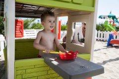 hotel con piscina per bambini alba adriatica