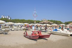 bimbi in vacanza ad alba adriatica
