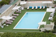 Piscina-hotel-Miami-Beach-MiMa