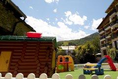 alberghi con attività per famiglie in piemonte