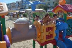 alberghi con servizi per bambini a gabicce mare