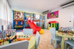 hotel con piscina per bambini a san benedetto del tronto