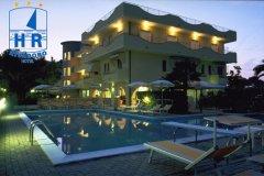 hotel rivadoro abruzzo family