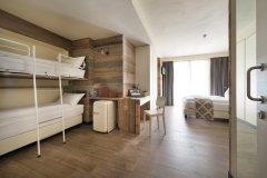 Hotel Sporting Famili Hospitality - Livigno - Quadrupla Comfort Castello (1)
