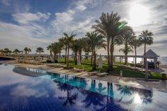 Main-pool-_-beach