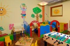 alberghi con servizi per bambini a marilleva