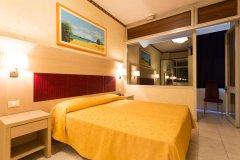 alberghi con servizi per famiglie a cesenatico