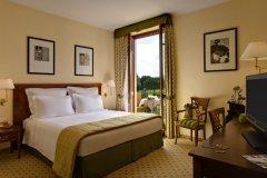 standard-room-il-picciolo-etna-golf-resort_8800275870_o